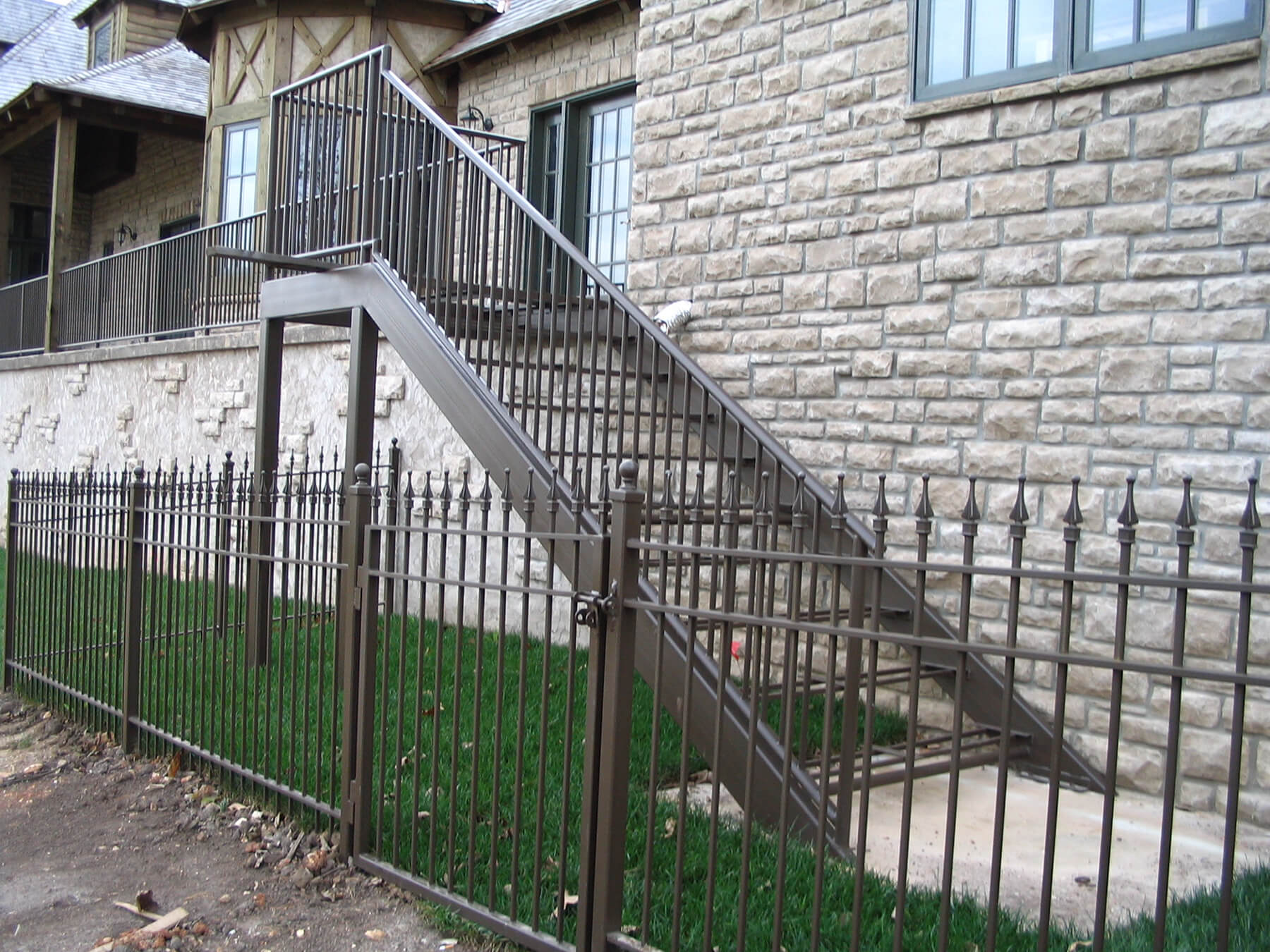 Exterior Patio, wood treads Carnahan-White Fence Company