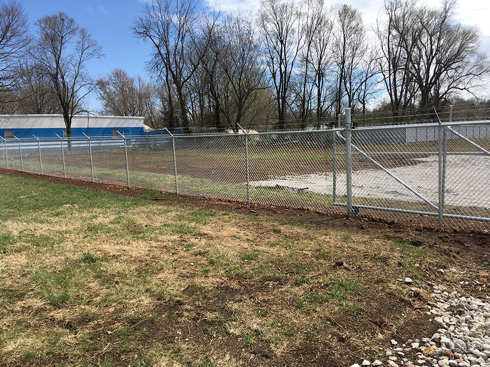 Newly-Installed-Commercial-Chainlink Carnahan-White Fence Company